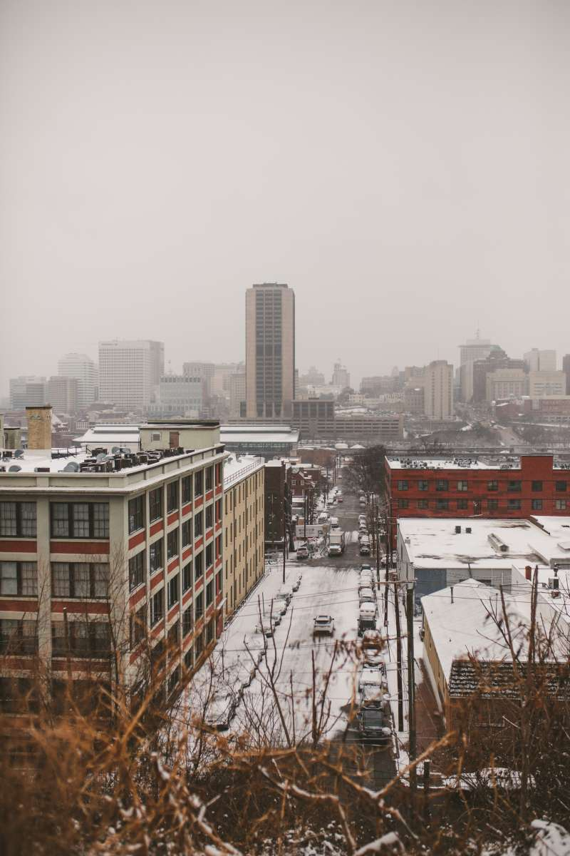 01 Richmond Virginia - Shockoe Bottom Neighborhood Downtown - Skyline - Winter Snow - Buildings Warehouses Apartments.JPG