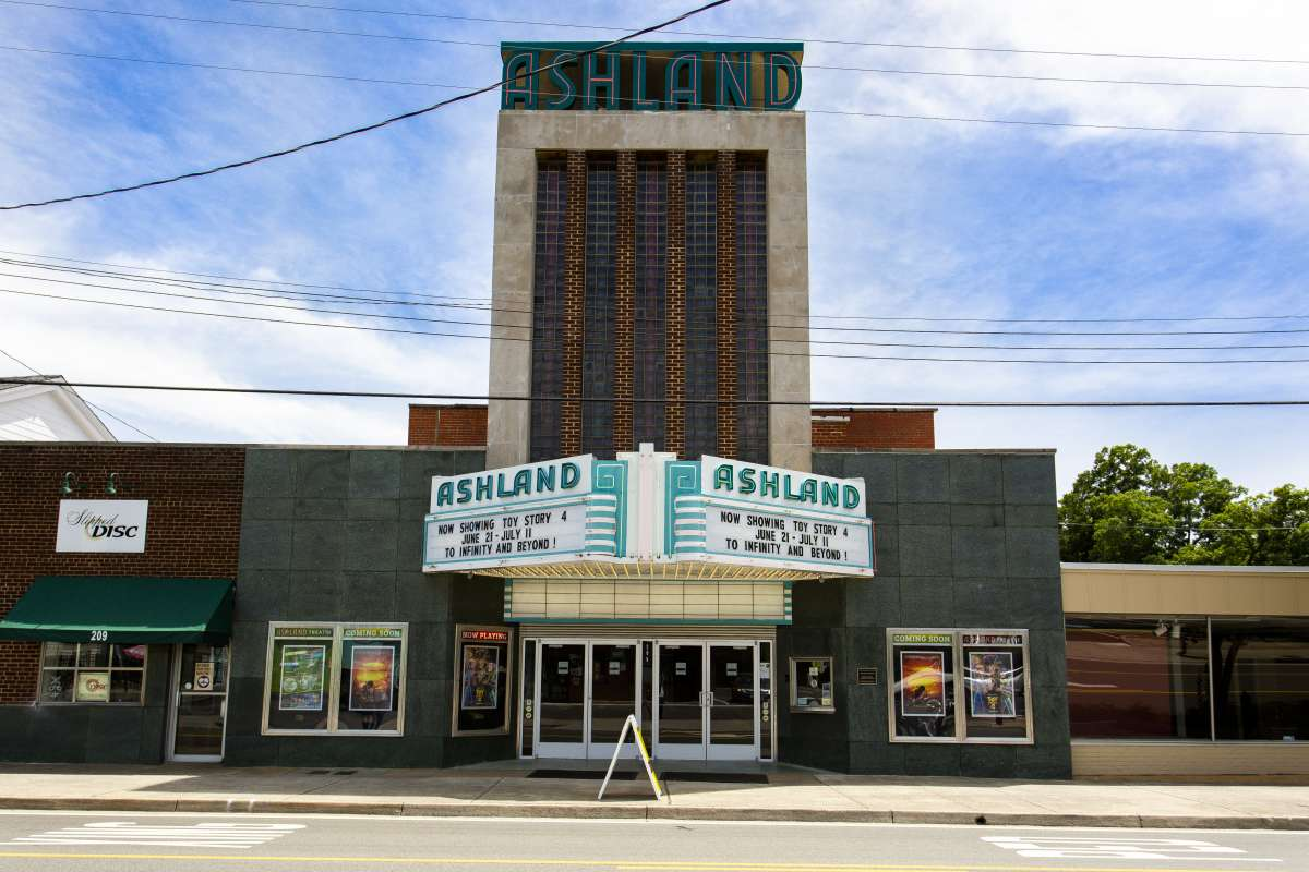 Richmond Virginia - Ashland Neighborhood - Ashland Theatre - Historic Landmark 02.JPG