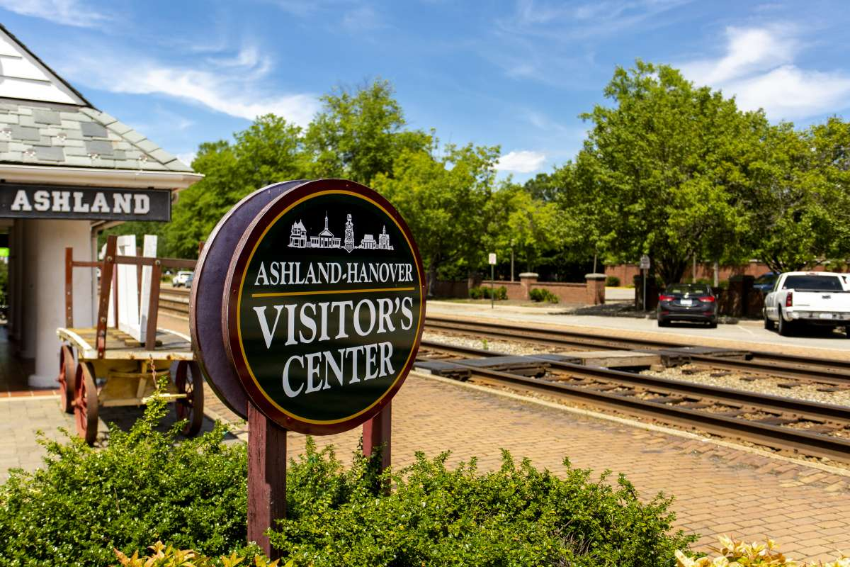 Richmond Virginia - Ashland Neighborhood - Ashland Train Station - Historic Landmark 03.JPG