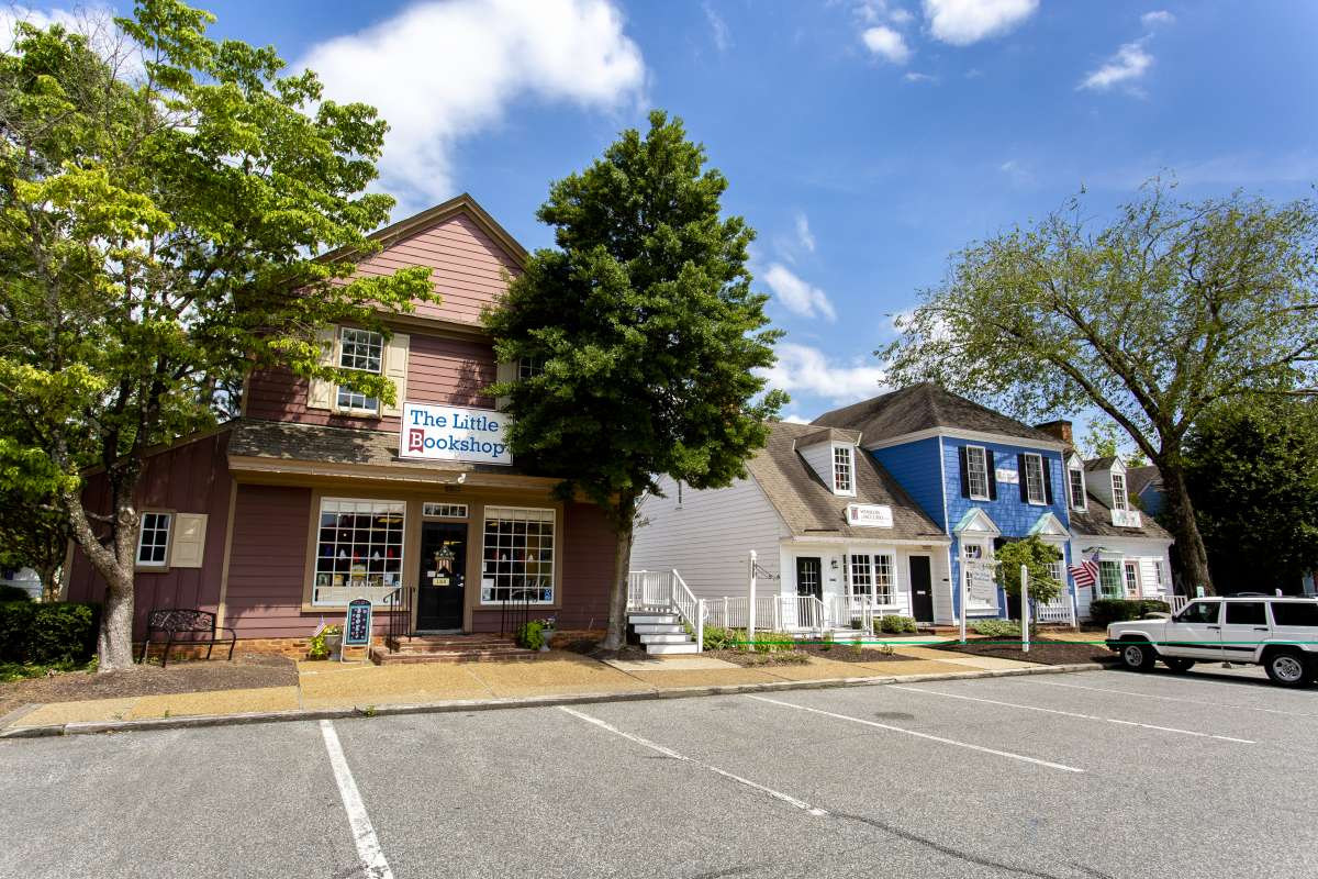 Village Midlothian Small Business Office Commercial