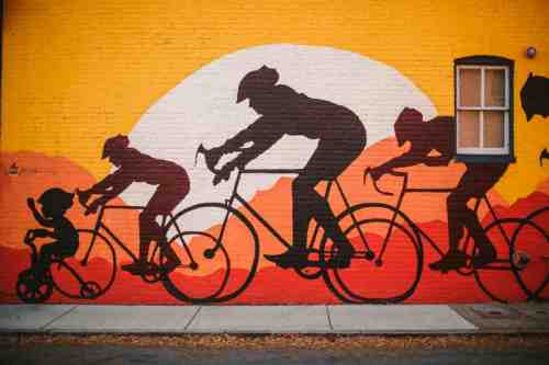 01 Richmond Virginia - Mural Project Paint Color Art - The Fan Museum District Downtown - Bike Race Family