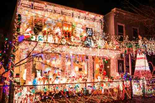 01 Richmond Virginia Neighborhood - Tacky Light Tour - Winter Holiday Christmas - Home House Lights Decorate