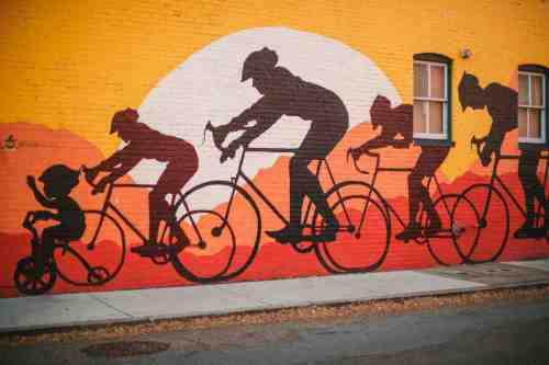 02 Richmond Virginia - Mural Project Paint Color Art - The Fan Museum District Downtown - Bike Race Family
