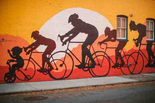 02 Richmond Virginia - Mural Project Paint Color Art - The Fan Museum District Downtown - Bike Race Family