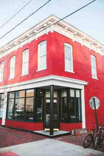 03 Richmond Virginia RVA – Metzger Restaurant Cocktail Bar – Church Hill Neighborhood Home Community – Corner Lot Food Dine