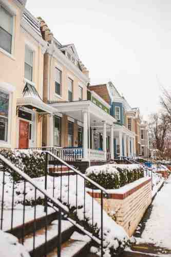 03 Richmond Virginia - The Fan Museum District Neighborhood - Row Rowhouse House Home - Brick Building Color Family - Snow Winter Nature