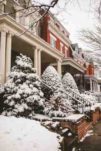 04 Richmond Virginia - The Fan Museum District Neighborhood - Row Rowhouse House Home - Brick Building Color Family - Snow Winter Nature