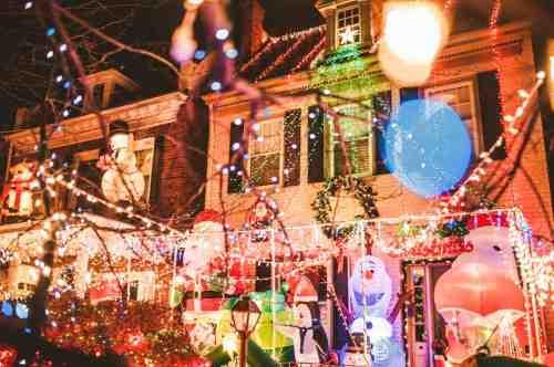 07 Richmond Virginia Neighborhood - Tacky Light Tour - Winter Holiday Christmas - Home House Lights Decorate