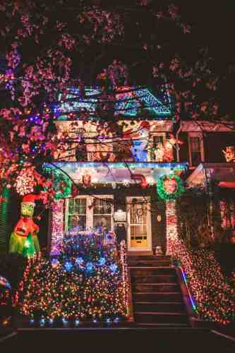08 Richmond Virginia Neighborhood - Tacky Light Tour - Winter Holiday Christmas - Home House Lights Decorate