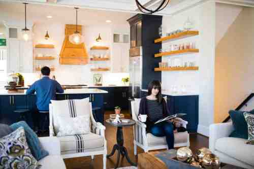 14 Home - Homeowners - House - Kitchen - Design
